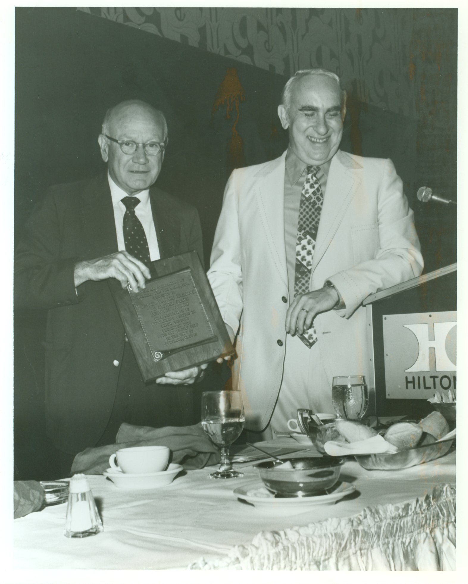 Louis Rives presents Alfred Allen Award to C. Warren Bledsoe, 1977